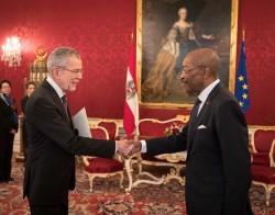 Botschafter der Republik Cote d´Ivoire, Roger Albéric Kacou<small>&copy www.bundespraesident.at / Peter Lechner / HBF</small>