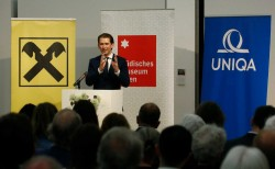 Opening of the exhibition by Sebastian Kurz<small>&copy Bundeskanzleramtes (BKA) / Dragan Tatic</small>