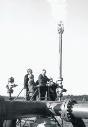 50 years natural gas supply contract signing - first gasflow<small>&copy OMV Aktiengesellschaft</small>