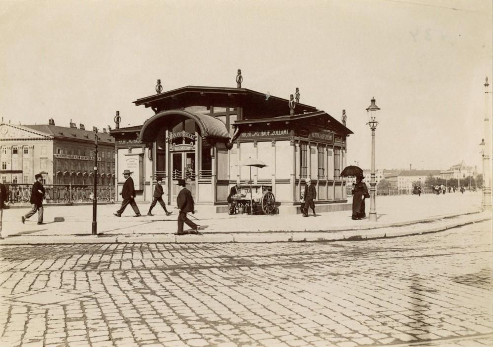 Schwedenplatz Subway Station, c. 1902 (destroyed)<small>© Wien Museum</small>