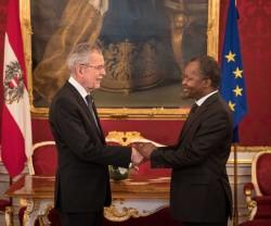 Botschafter der Republik Benin, Eloi Laourou<small>&copy www.bundespraesident.at / Peter Lechner / HBF</small>