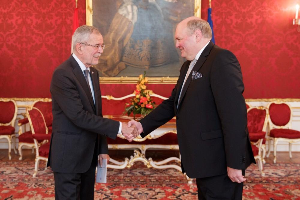 Ambassador of Belgium to Austria: H.E. Mr. Ghislain D'Hoop<small>© www.bundespraesident.at / Peter Lechner / HBF</small>