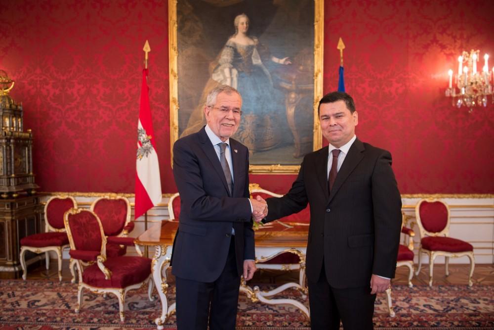 Ambassador of Uzbekistan to Austria, H.E. Mr. Sherzod Asadov<small>© www.bundespraesident.at / /Karlovits, Bauer und Heinschink / HBF</small>