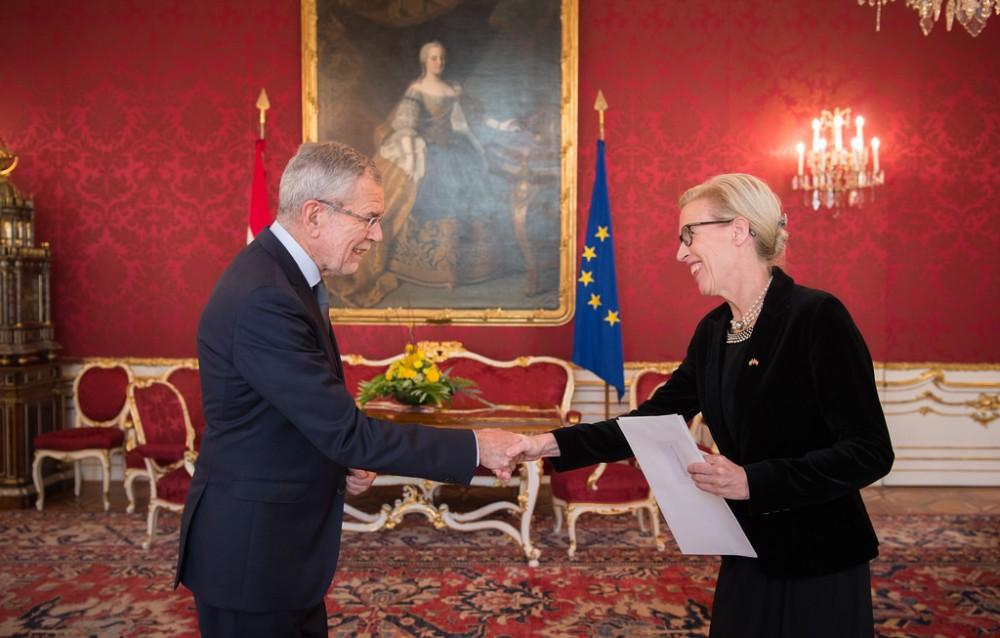 Ambassador of Sweden: H.E. Ms. Mikaela Kumlin Granite<small>© www.bundespraesident.at / /Karlovits, Bauer und Heinschink / HBF</small>