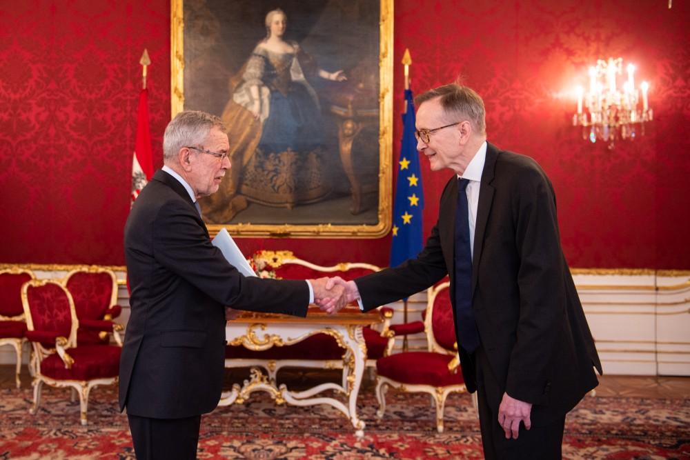 New Icelandic Ambassador in Vienna: H.E. Mr. Bendikt Ásgeirsson<small>© Carina Karlovits und Daniel Trippolt/HBF</small>