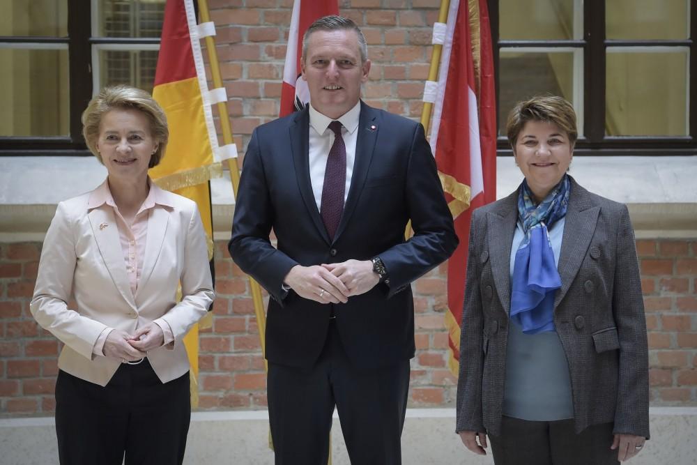 Ursula von der Leyen, Mario Kunasek, Viola Amherd<small>© Austrian Armed Forces / Photograph/Pusch</small>