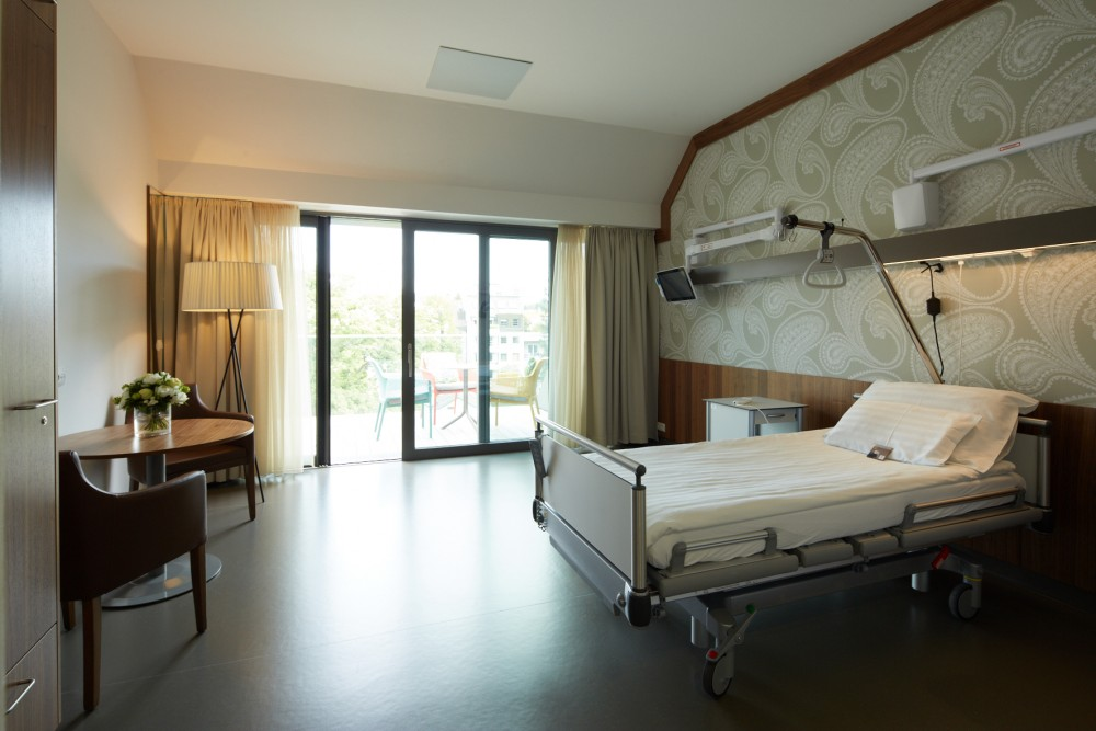 Rudolfinerhaus Private Hospital - Patients' Bedroom<small>© Rudolfinerhaus Privatklinik GmbH</small>