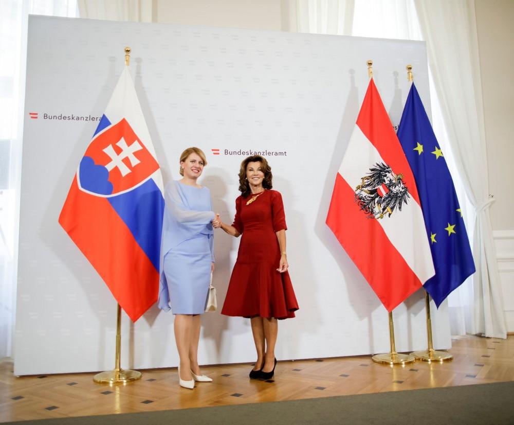 Brigitte Bierlein and Zuzana Čaputová (left)<small>© Bundeskanzleramt (BKA) / Andy Wenzel</small>