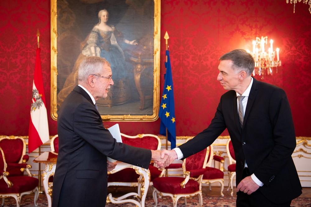 Ambassador of Germany to Austria: H.E. Mr. Ralf Beste<small>© bundespraesident.at / Carina Karlovits and Peter Lechner / HBF</small>