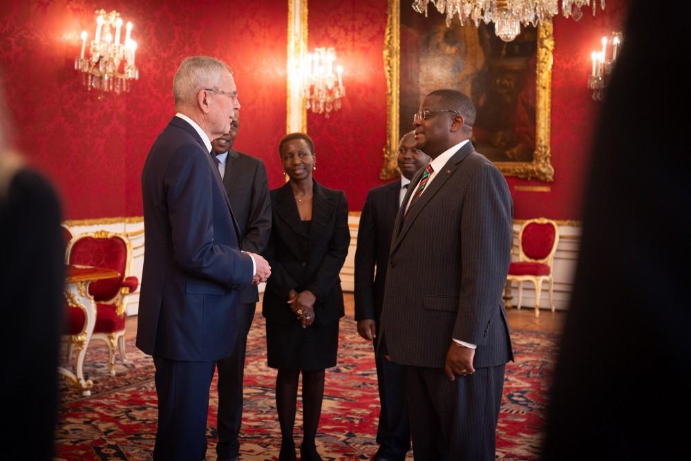 Ambassador of Kenya, H.E. Mr. Robinson Njeru Githae<small>© bundespraesident.at / Carina Karlovits & Clemens Schwarz / HBF</small>