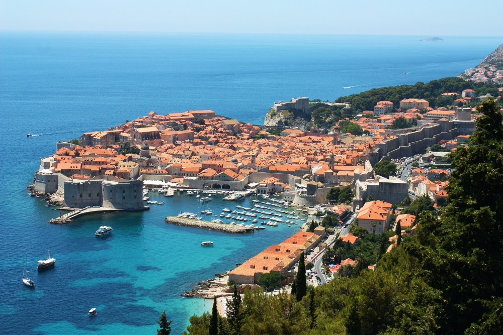 Dubrovnik, old town with city walls.<small>© Wikimedia Commons / Bracodbk / CC BY-SA 3.0</small>