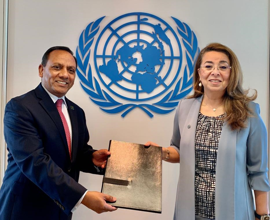 Muhammad Abdul Muhith (left), Ghada Fathi Waly<small>© UNOV United Nations Office at Vienna</small>