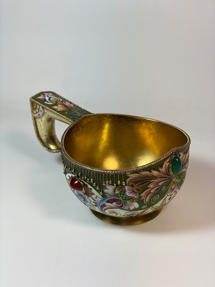 Moskauer Kowsch von Feodor Rückert, Silber, vergoldet<small>© Kunsthandel & Antiquitäten Sonja Reisch</small>