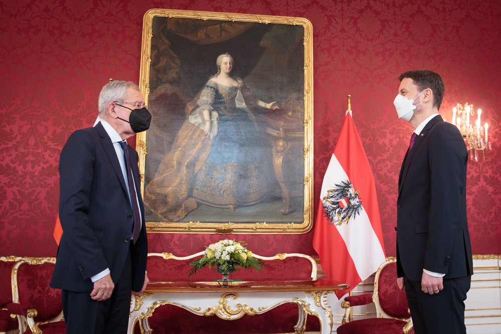 Slovakia's Prime Minister (right) with Austria's President.<small>© www.bundespraesident.at / Peter Lechner / HBF</small>