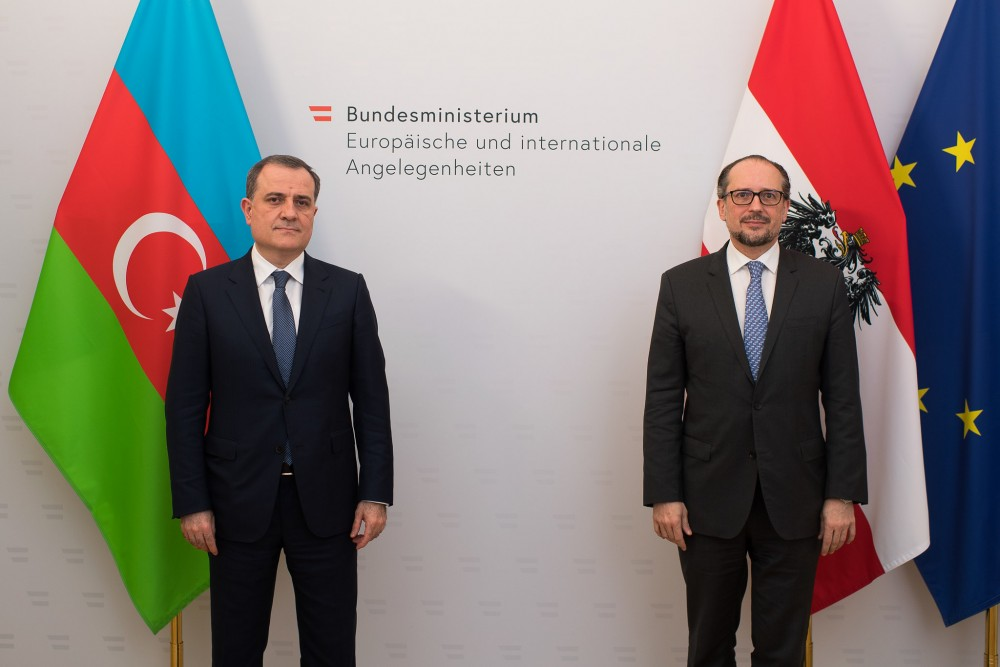 Azerbaijan's Foreign Minister with Austrian counterpart<small>© BMEIA / Flickr Attribution 2.0 Generic (CC BY 2.0)</small>