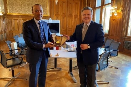 Ambassador Salmeen Al-Mansouri and Vienna Mayor Michael Ludwig<small>© AACC Austro-Arab Chamber of Commerce</small>