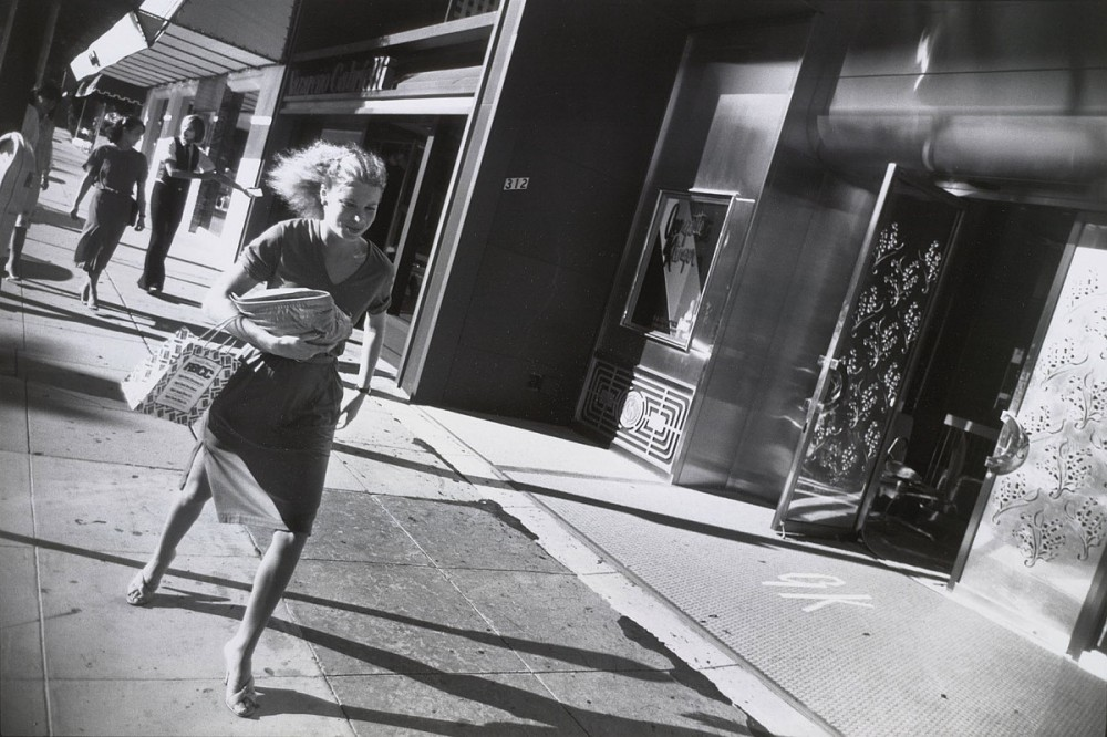 Garry Winogrand: Beverly Hills, California, 1978<small>© The Estate of Garry Winogrand, courtesy Fraenkel Gallery, SF</small>