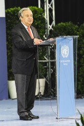 """Guterres celebrating 40 Years of the UN in Vienna: """"Societies today are multi-ethnic, multi-religious, multi-cultural. And that is a richness, not a threat"""".<small>© BMEIA Bundesministerium für Europa, Integration und Äußeres / Eugénie Berger / Flickr Attribution 2.0 Generic (CC BY 2.0)</small>"""