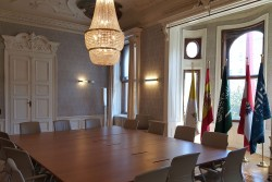 "Conference room of the King Abdullah Centre (KAICIID): ""Comprehensive clarification in the Khashoggi case is still necessary!""<small>&copy Vindobona.org</small>"