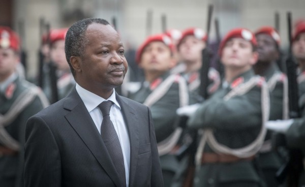 New Republic of Benin Ambassador to Austria Eloi Laourou presenting Letter of Credence to Austrian Federal President Alexander Van der Bellen at the Imperial Palace in Vienna<small>© www.bundespraesident.at / Daniel Trippolt / HBF</small>