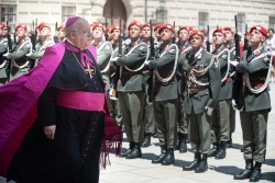 Ambassador of the Holy See, Apostolic Nuncio Archbishop Pedro Lopez Quintana.<small>© www.bundespraesident.at / Karlovits, Bauer und Heinschink / HBF</small>