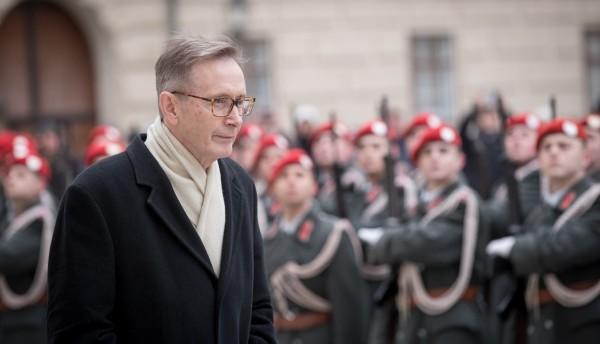 Ambassador of the Republic of Iceland to Austria: H.E. Mr. Bendikt Ásgeirsson.<small>© www.bundespraesident.at / Carina Karlovits and Daniel Trippolt/HBF</small>