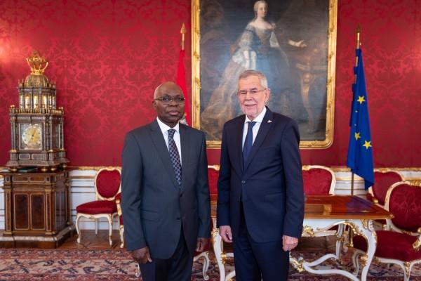 Ambassador of the Togolese Republic to Austria: H.E. Mr. Komi Bayédzè Dagoh<small>© www.bundespraesident.at / Carina Karlovits and Daniel Trippolt/HBF</small>