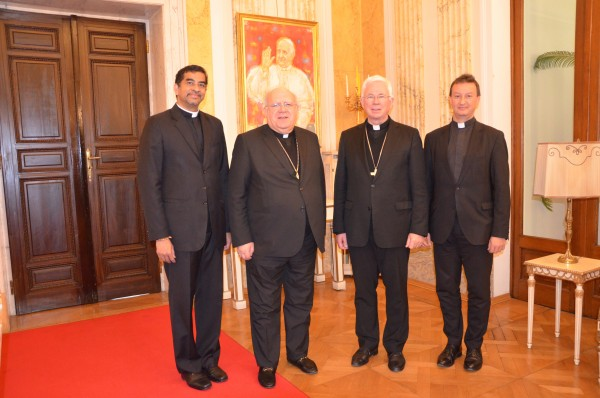 From left: Msgr. George Panamthundil, Archbishop Pedro Lopez Quintana, Archbishop Franz Lackner, Bishops' Conference General Secretary Peter Schipka<small>© Paul Wuthe / Kathpress</small>