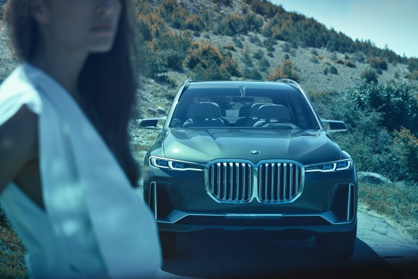 Market launch for the BMW X7 is in December 2018, prices start at 84,000 euros.<small>© BMW AG / BMW Concept X7 iPerformance (ID: P90275922)</small>