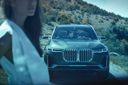 Market launch for the BMW X7 is in December 2018, prices start at 84,000 euros.<small>&copy BMW AG / BMW Concept X7 iPerformance (ID: P90275922)</small>