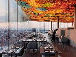 """The Loft"" itself, the fine dining restaurant on the 18th floor, is not undergoing any changes<small>© Accor Hotels /Sofitel Vienna Stephansdom</small>"