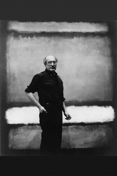 """Mark Rothko with """"No. 7"""", 1960. He looked back """"in a way such as no painter before had ever done"""".<small>© KHM-Museumsverband, Wissenschaftliche Anstalt öffentlichen Rechts / 2005 Kate Rothko Prizel & Christopher Rothko, Bildrecht Vienna, 2019 / Photograph attributed to Regina Bogat</small>"""