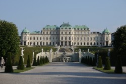 The Belvedere - One of Europe's most stunning Baroque landmarks is listed as a UNESCO World Heritage Site.<small>© Wikimedia Commons / Thomas Ledl [CC BY-SA 3.0 at (https://creativecommons.org/licenses/by-sa/3.0/at/deed.en)]</small>