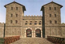 Rekonstruktion der Porta  Decumana, der südwestlichen Haupteinfahrt ins Kastell Vindobona.<small>&copy Stadtarchäologie Wien / 7reasons</small>