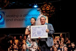 Vienna International School turned 40 in 2018. Former President Fischer praises role for international understanding.<small>&copy VIS Vienna International School</small>